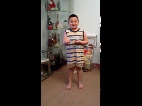 Bé trai 6 tuổi làm ảo thuật!
