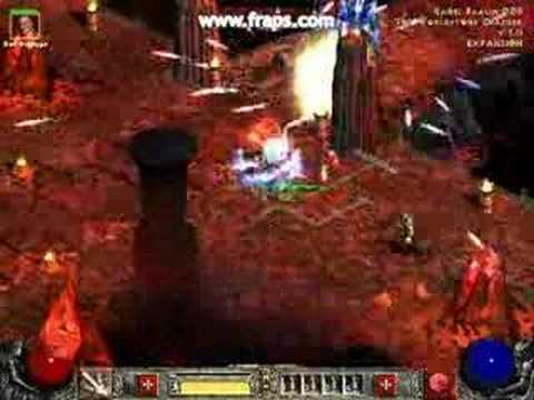 «Ретро-рецензия игры *Diablo II* при поддержке Razer»