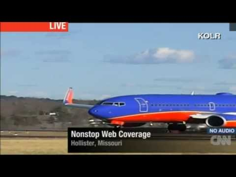 Southwest 737 Takeoff from a 3700 ft runway at KPLK in Hollister, Missour.