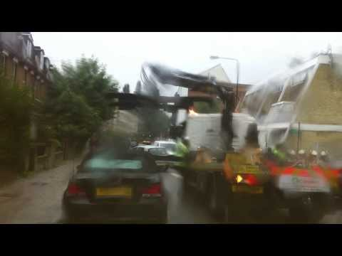 London streets - towing wrong parking vehicles