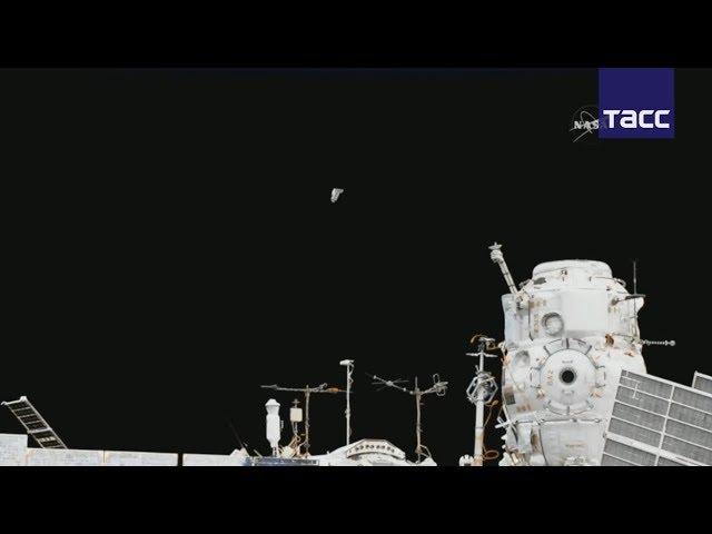Российские космонавты Федор Юрчихин и Сергей Рязанский вышли в открытый космос