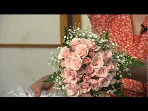 Cách cắm hoa cô dâu   Hoa Hồng