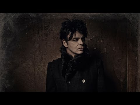 Thumbnail of video Gary Numan - I Am Dust