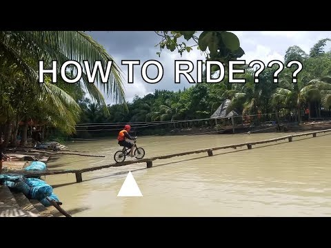 BEST BIKE RACE GAME EVER | Funny games in VietNam