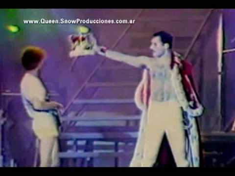 Queen | We Are The Champions (Mannheim, Budapest &  Knewborth Park 1986)