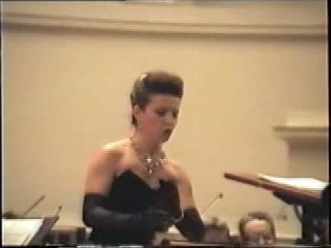 Victoria Loukianetz-La Traviata