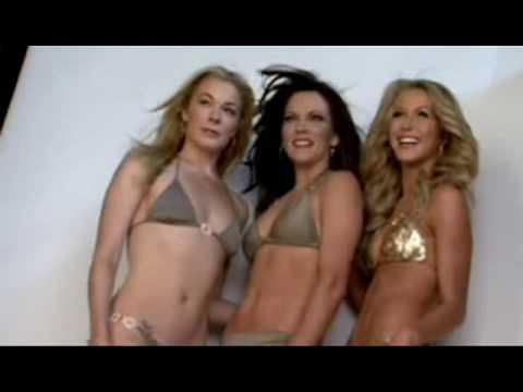 Martina mcbride julianne hough amp leann rimes swimsuits