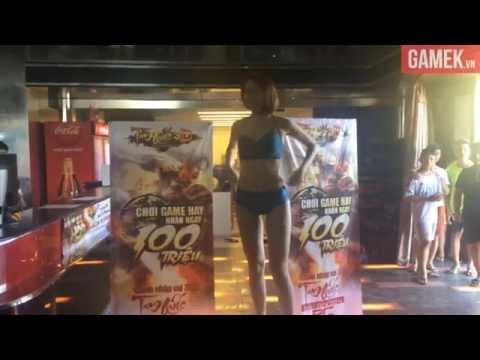 Hot girl Việt thách đấu cởi đồ táo bạo trong quán net Hà Nội