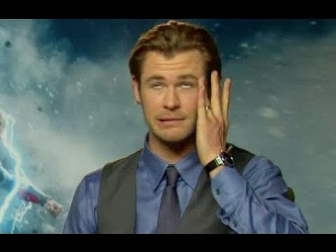 Chris Hemsworth on getting slapped by Natalie Portman