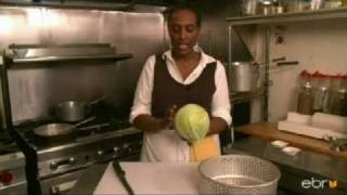 How to Make Ethiopian Cabbage and Potatoes (Tikil Gomen)