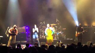 LIVING COLOUR w/Tarja Turunen - Sunshine Of Your Love - Buenos Aires, Argentina - 12/09/2013