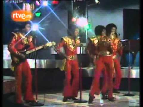 Michael Jackson & The Jacksons performing