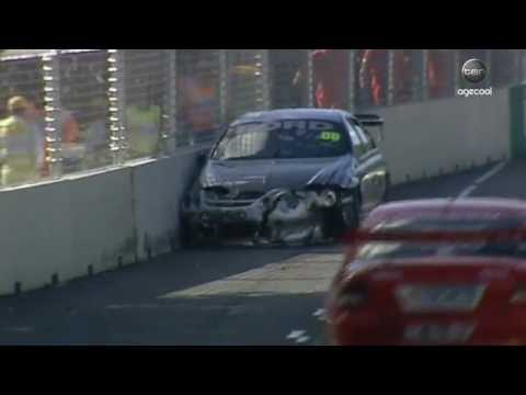 V8 Supercars Flashback - Skaife vs Lowndes at Adelaide (2001)