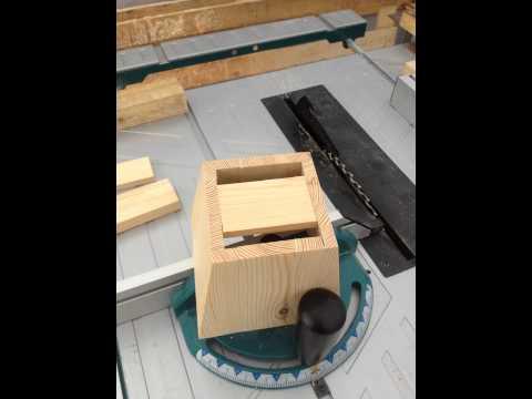 Jak zrobić lampę z drewna