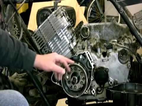 Removing The Fly Wheel On Yamaha Grizzly 600 Youtube