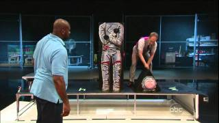 Shaq vs Penn and Teller
