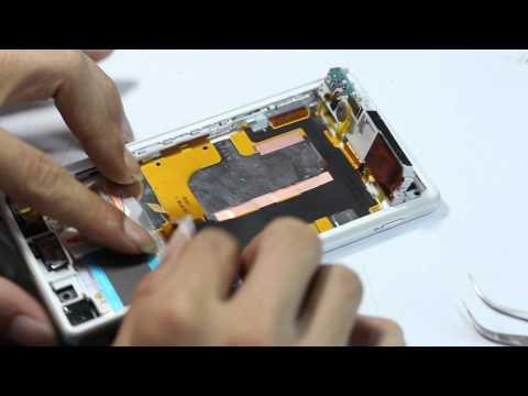 Bên trong Sony Xperia Z2