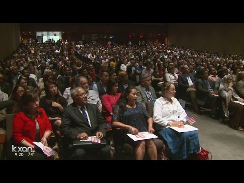 Hundreds become U.S. Citizens in Austin