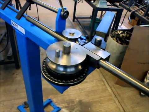 Dobladora de tubo conduit manual