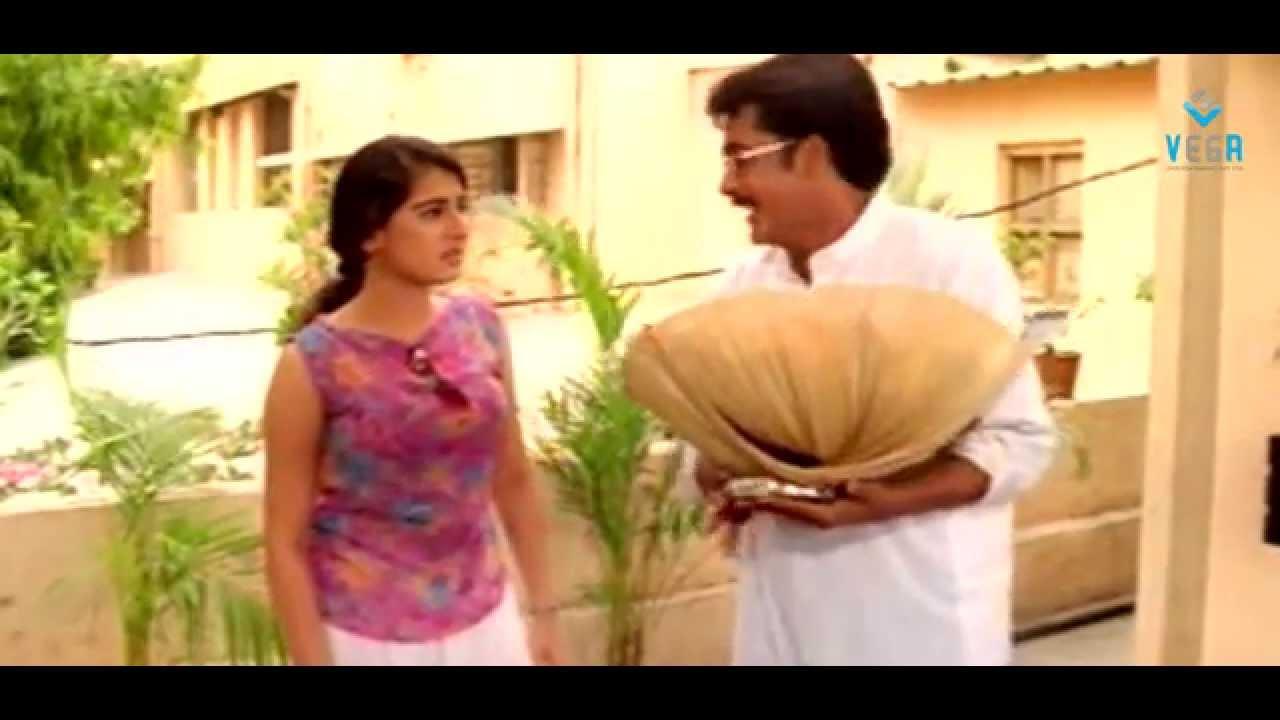 Image search: Bhuvaneswari Hot Scene
