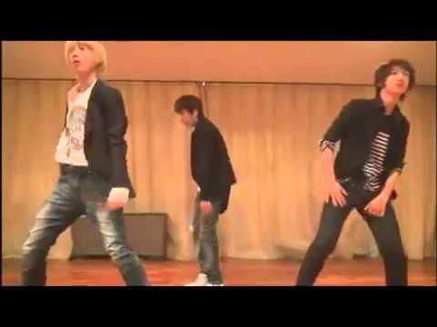 BOYFRIEND Minwoo Kwangmin Youngmin Dance -QrKDVqRcQVE