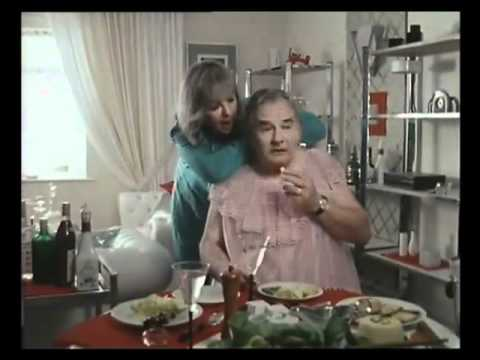 The Two Ronnies - The Worm That Turned (7 of 8)