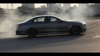 Тест-драйв Mercedes-AMG E 63 S 4Matic+ (10-минутная версия). АвтоВести выпуск Online. Видео Авто Вести Россия 24.
