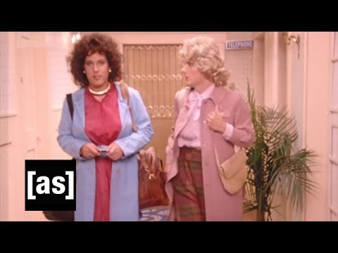 The Greatest Event in Television History: Bosom Buddies (Full Episode)
