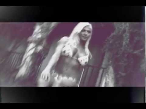 Torrie Wilson MV - She Way Out