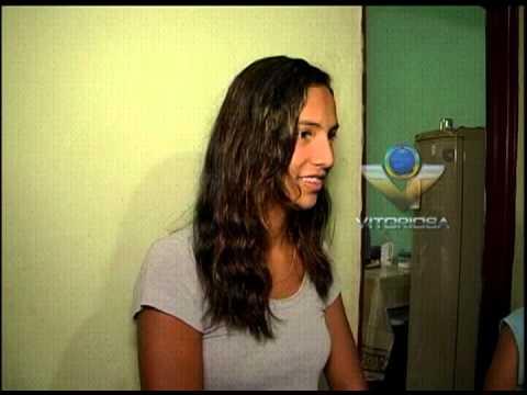 Garota sonha com festa de 15 anos e pede ajuda ao Linha Dura