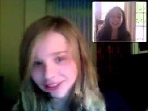 Chloë Grace Moretz: Singing on Webcam, April 28th 2010