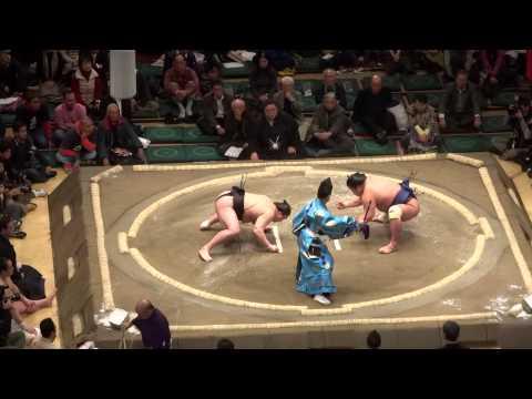 Sumo in Ryogoku, Tokyo | January 14, 2013