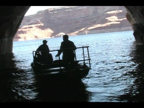 Lake powell fall fishing youtube for Lake powell fishing license