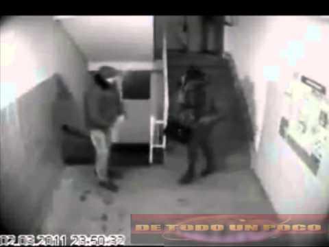 Intento de violacion grabado por una camara de seguridad
