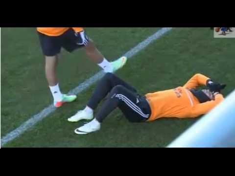 PEPE injured Cristiano Ronaldo in the trainings of 01-27-2014