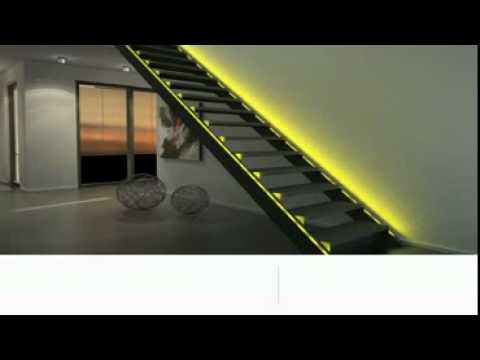 Escada iluminada com fita de led