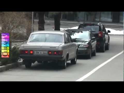 Cu ce mașini se plimbă guvernanții