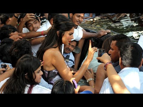 Shocking — Deepika Padukone groped in public by a fan