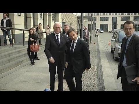 Le silence de Nicolas Sarkozy à Berlin - 28/02