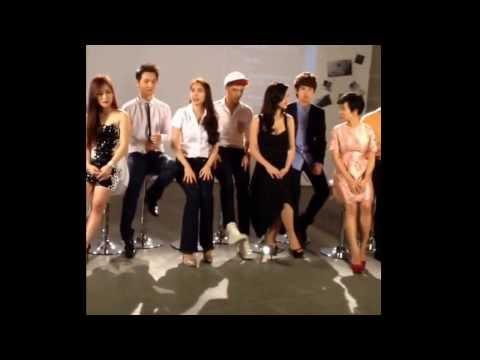 Hậu trường MV Quang Gánh Mẹ Tôi - Nhiều ca sĩ