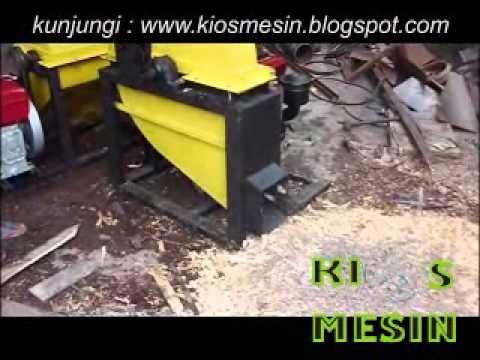 mesin penggiling, pencacah, penghancur kayu atau chipper kayu