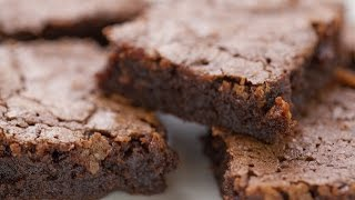 BEST and EASIEST Chewy Brownies | Simply Bakings