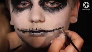 Schminken Zu Halloween: Make-up Anleitung Für Gespenster