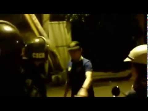 Trấn Thành cãi nhau với Cảnh sát cơ động