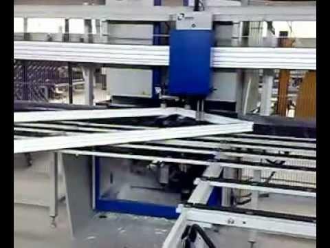 Astra Roger, tamplarie PVC, aluminiu si aluminiu lemn cu geam termoizolant