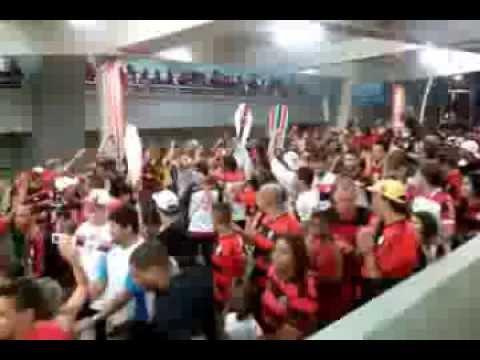 Isso aqui não é vasco, isso aqui é flamengo, uohh oh oh oh ohhh !!!