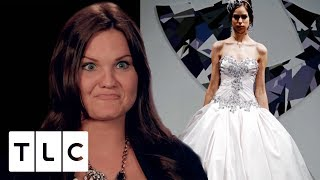 """Sister Says """"We Can Share a Dress!"""" 