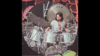 P.F.M. - Dove..Quando - Live in New York (1974) view on youtube.com tube online.