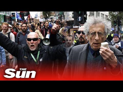 Протест на антиваксъри в Лондон.