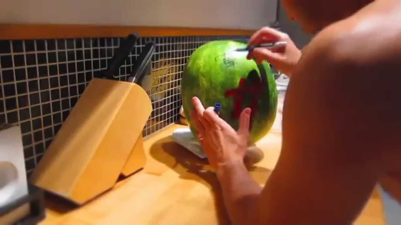 how to put alcohol in watermelon